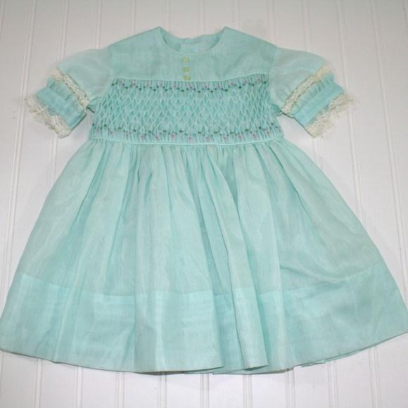 091780a5d29e Vintage Polly Flinders Hand Smocked Size 2T Dress.  M_5b9595df45c8b32c6208ab30